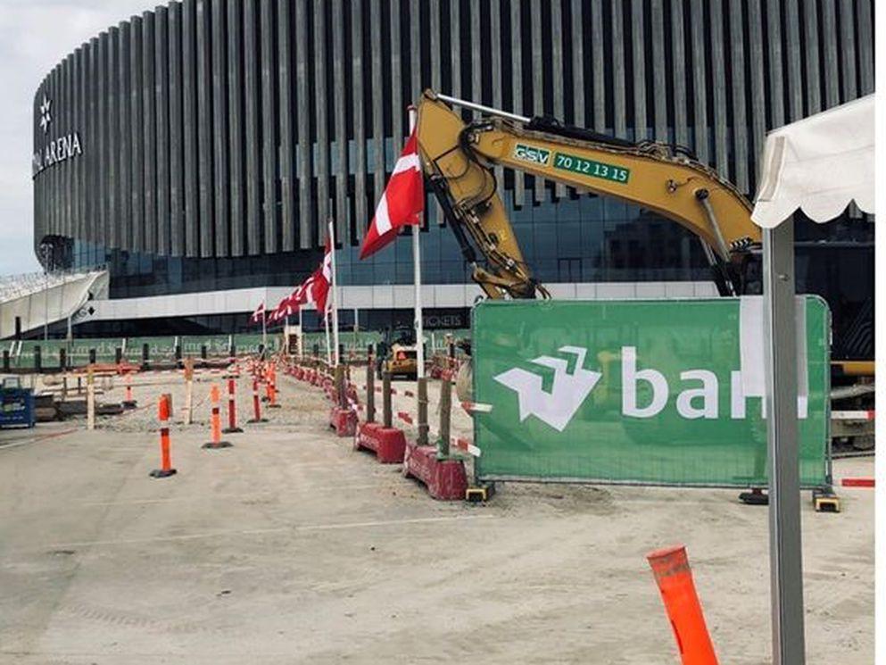 Byggeriet af Ørestadens nye skole og samlingspunkt er i gang